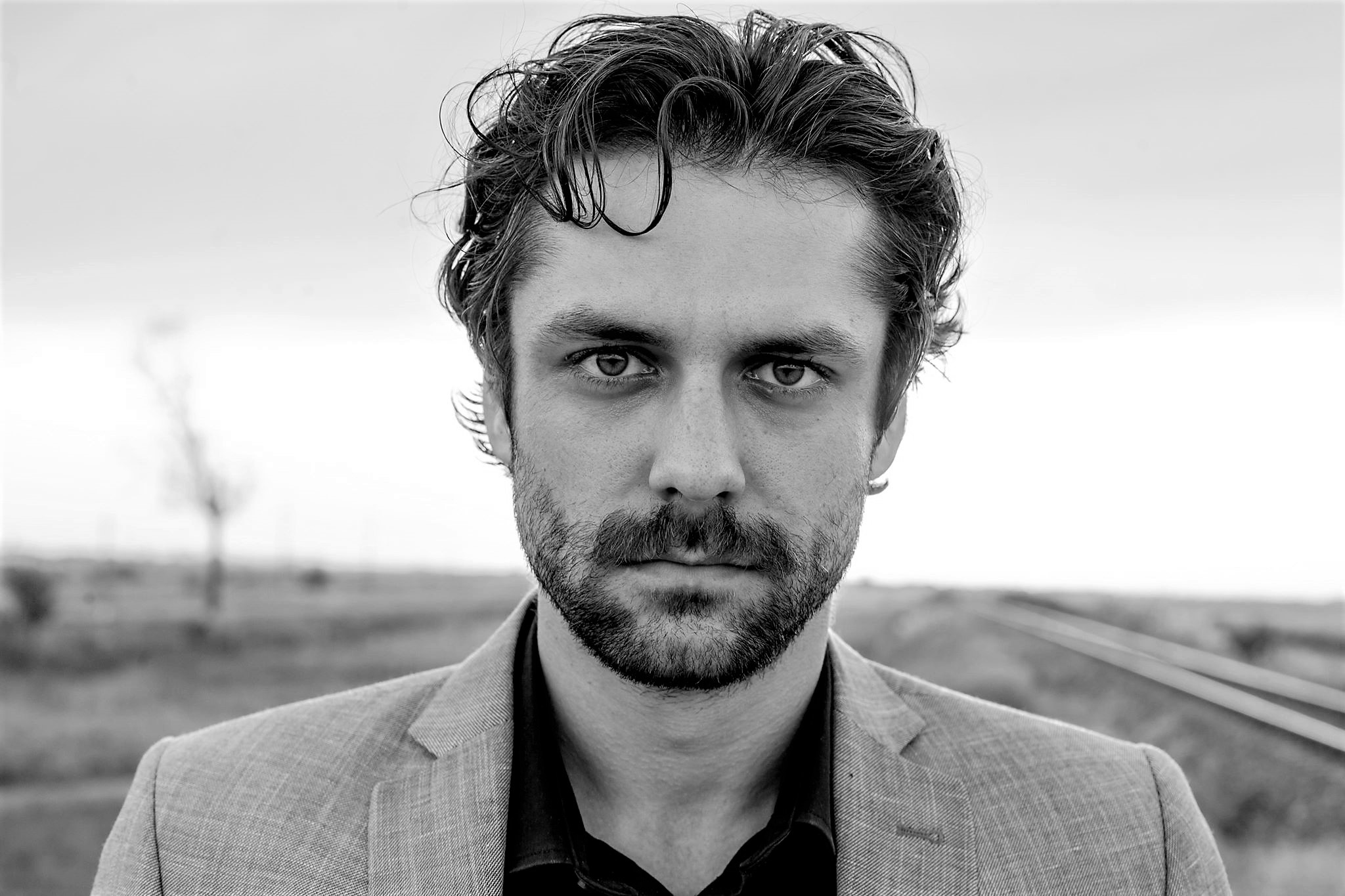 Alecsandru Dunaev – O doză de narcisism există cu siguranță în fiecare actor